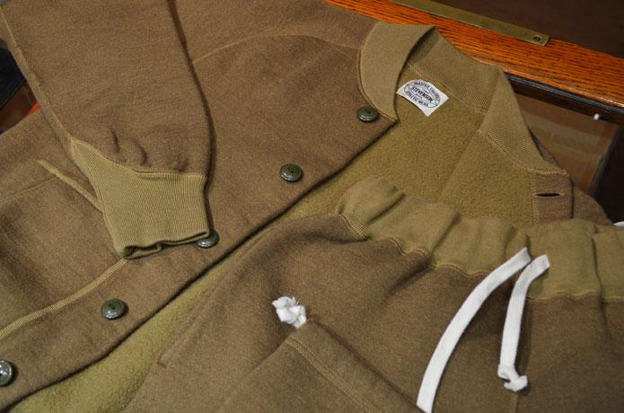 スティーブンソンオーバーオールのアスレチックジャケットとアスレチックスウェットパンツ