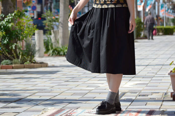 グランマ ママ ドーター (GRANDMA MAMA DAUGHTER) チノプリーツロングスカート GK001