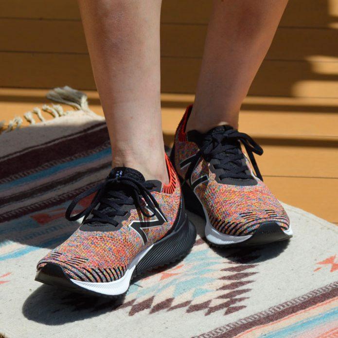 トップジミーのメンズコーディネート画像 ニューバランス (NEW BALANCE) PERFORMANCE RUNNING 靴 スニーカー ランニングシューズ MFCECCM