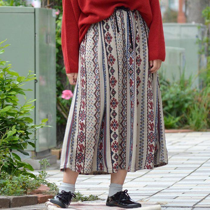 トップジミーのレディースコーディネート画像 マーブルシュッド (marble SUD) Folk Art Skirt フレアスカート 07AF002055