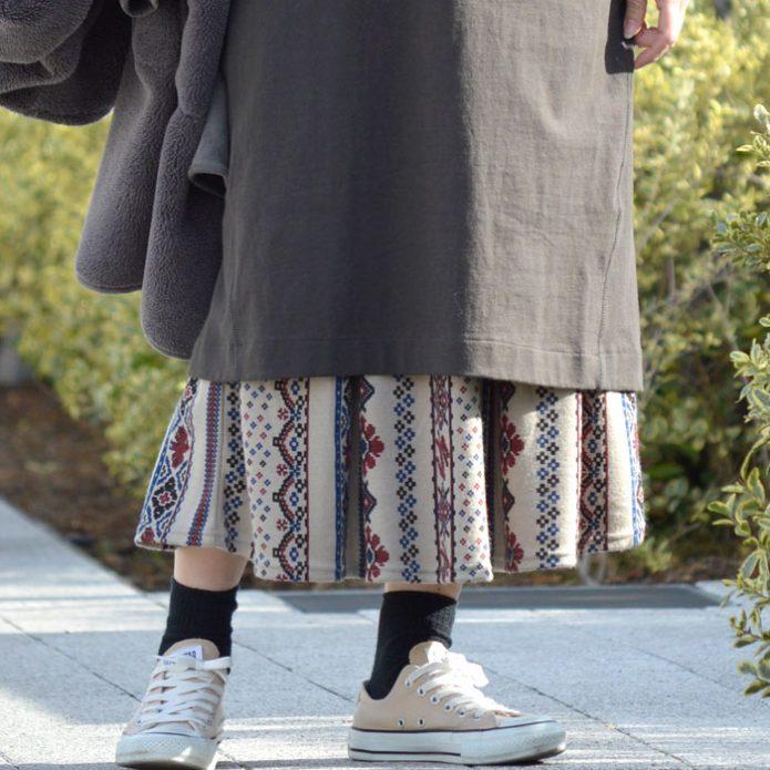 トップジミーのレディースコーディネート画像 マーブルシュッド (marble SUD) Folk Art Skirt フレアスカート