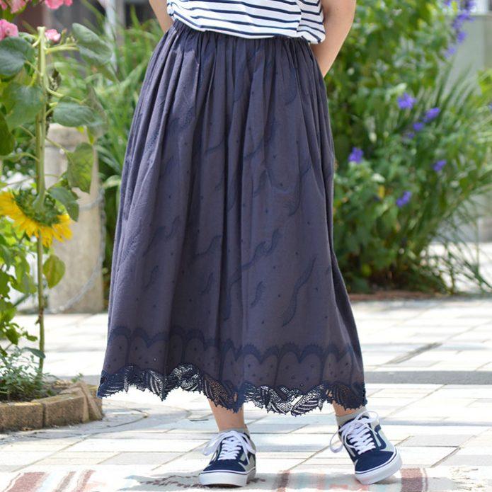 トップジミーのレディースコーディネート画像 マーブルシュッド (marble SUD) Kujira Lace Skirt 刺繍 ギャザースカート 07AS069010
