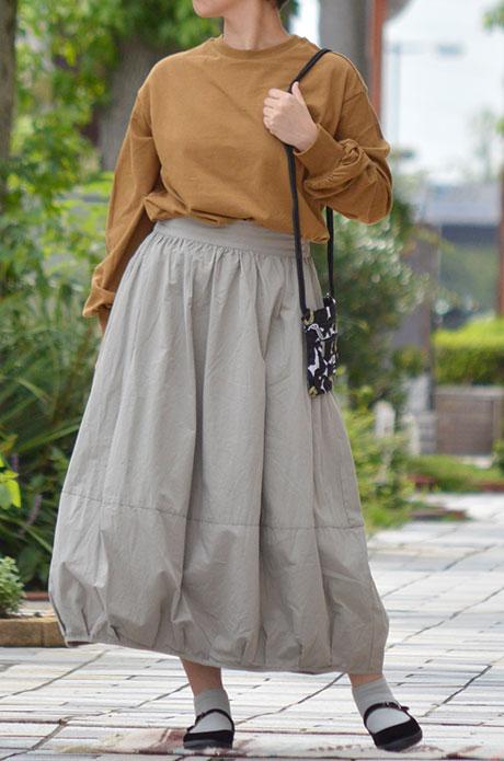 トップジミーのレディースコーディネート画像 秋カラーのワントーンコーデ